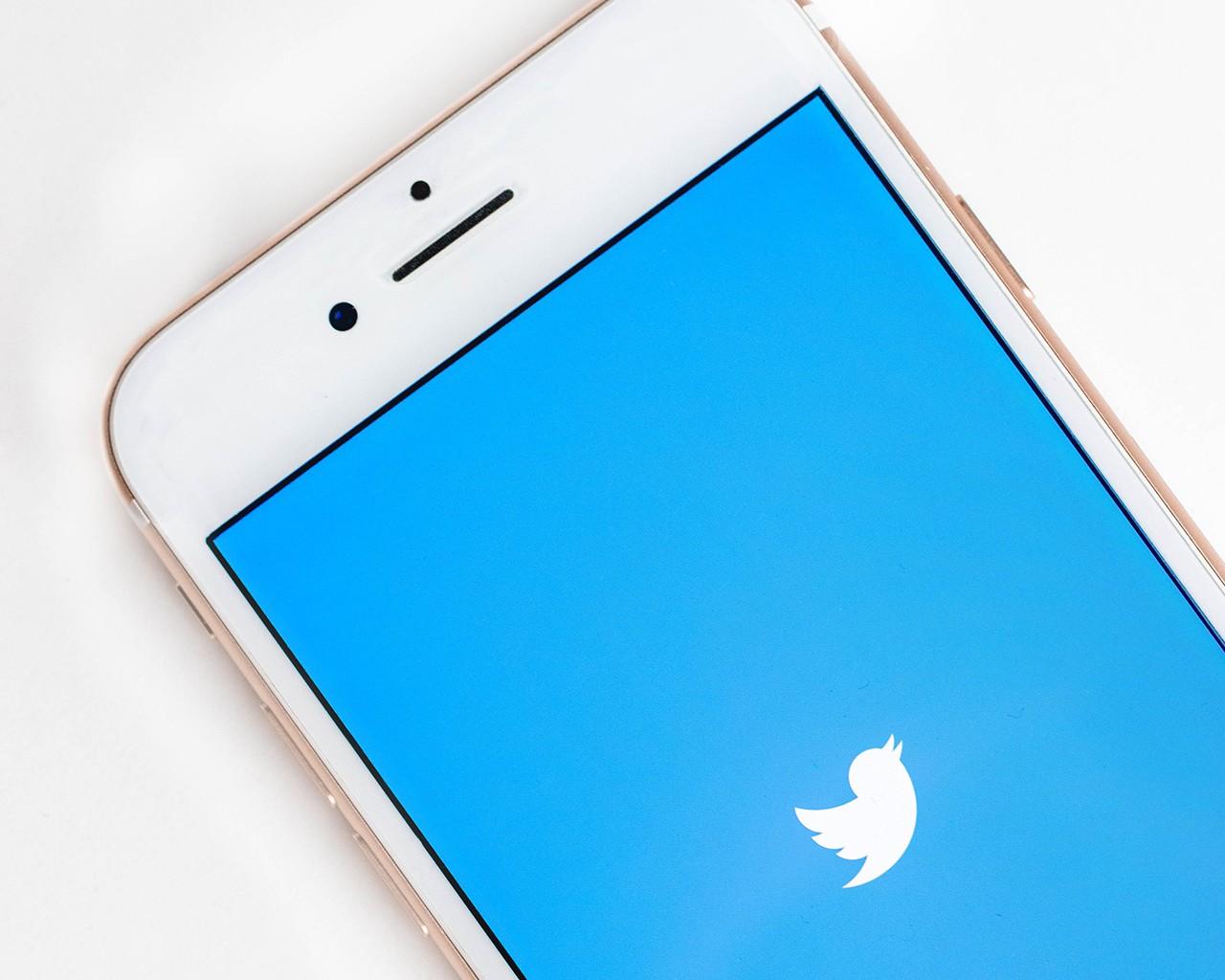 mobile twitter